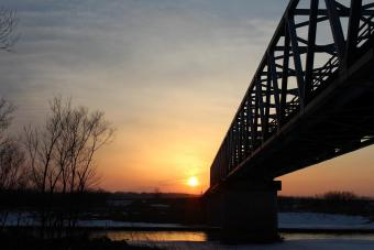 川合大橋に沈む夕陽